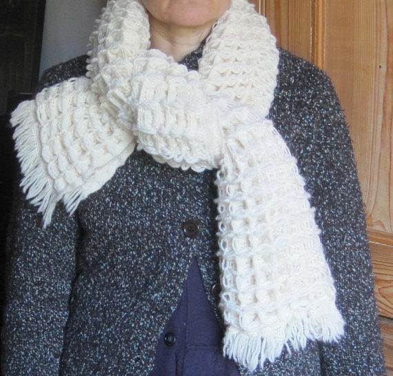 chunky vanilla waffle scarf