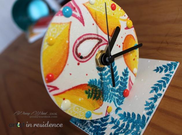 rubbermoon clock sneak