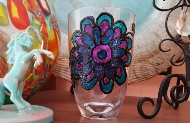 Tsukineko StazOn Studio Glaze is perfect for paper or non paper surfaces. See how Alison decorates a glass using a coloring page as a template.