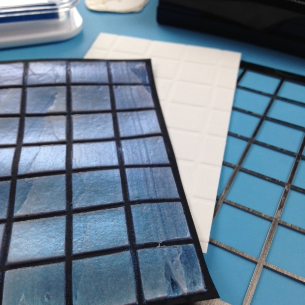 Grid embossed with acrylic paste