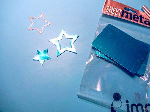 Imagine's Sheet Metal using a 2.5-inch and a 1.75-inch star dies