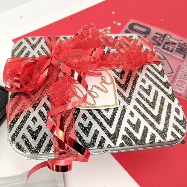 See How Heat Embossing on a Metal Tin Make a Lovely Gift
